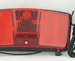 Lampa tył YG-WD-412A na dynamo na bagażnik